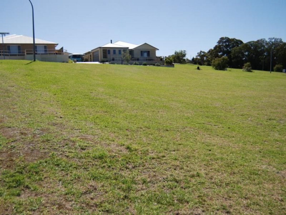 Lot 665 / Lot 665 Greyhound Circle, GLEDHOW WA 6330