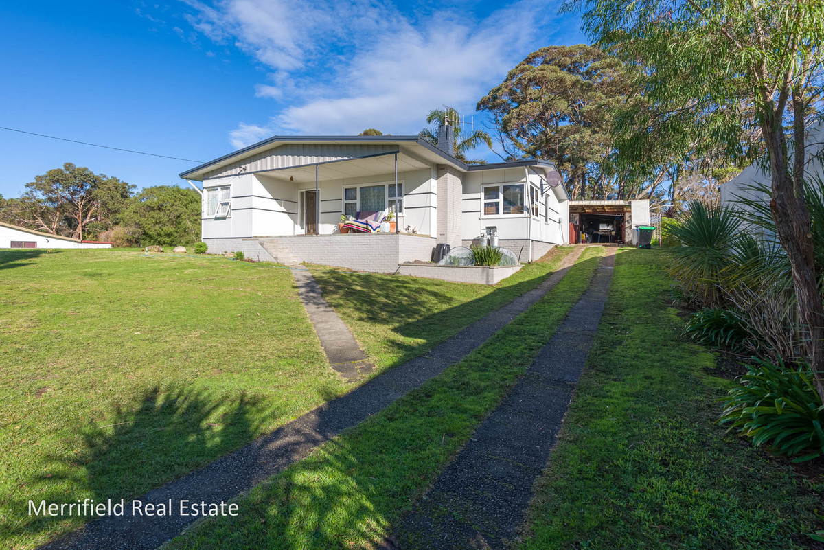 7 King George Street, Little Grove WA 6330