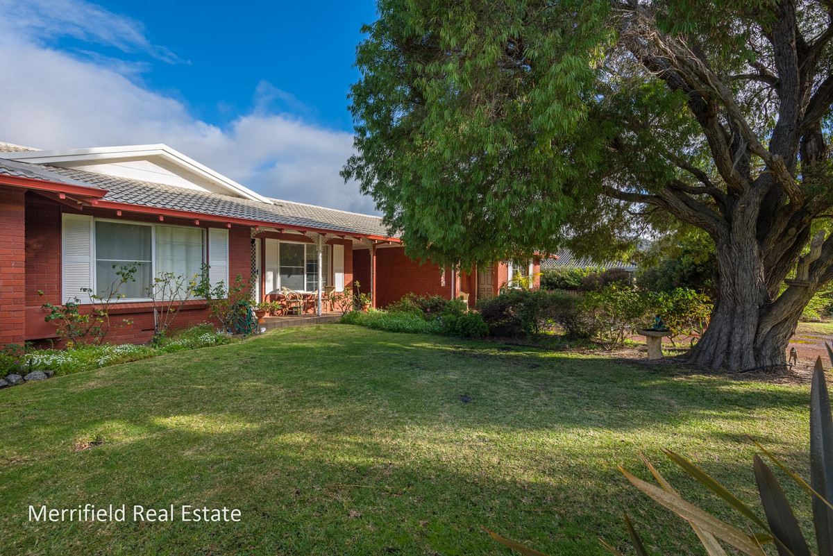 2 / 11 Wollaston Road, MIDDLETON BEACH WA 6330