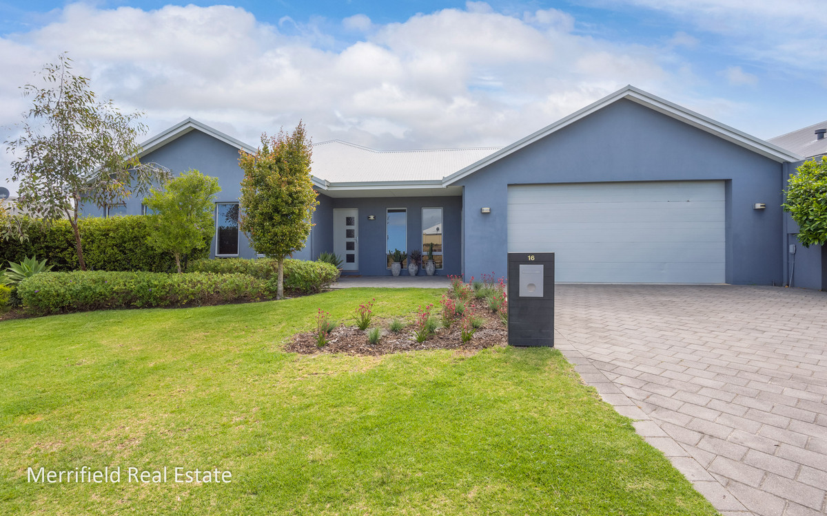 16 Goddard Way, Mckail WA 6330