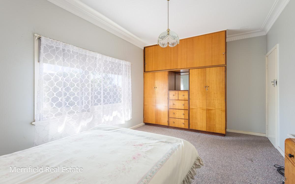 24 Crossman Street, Mount Melville WA 6330