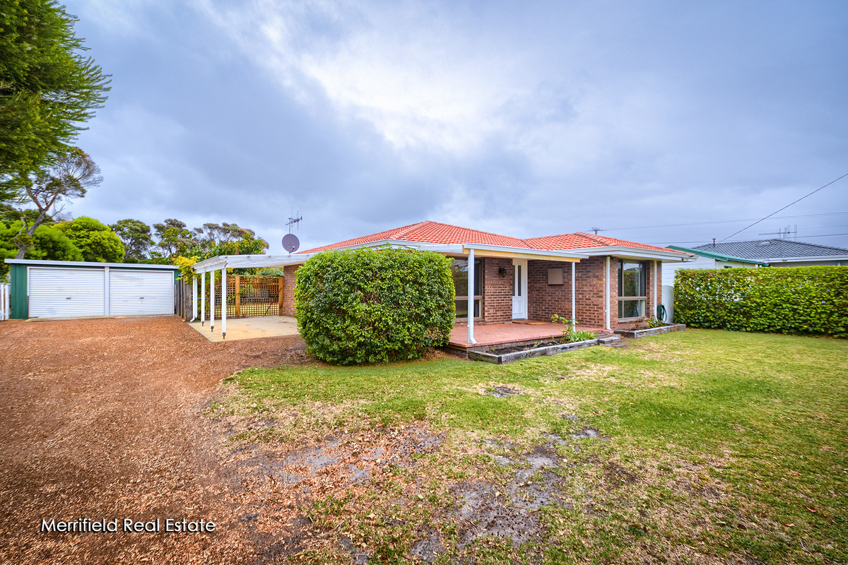 42 Ardross Crescent, COLLINGWOOD PARK WA 6330