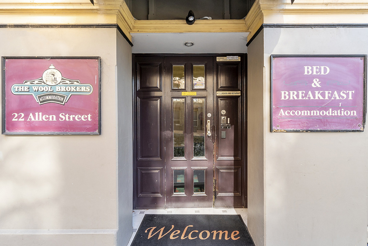 Woolbrokers Arms Hotel - 5