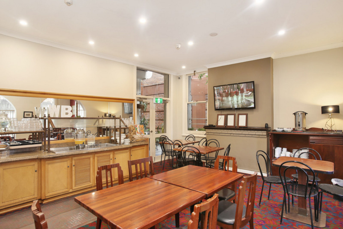 Woolbrokers Arms Hotel - 8