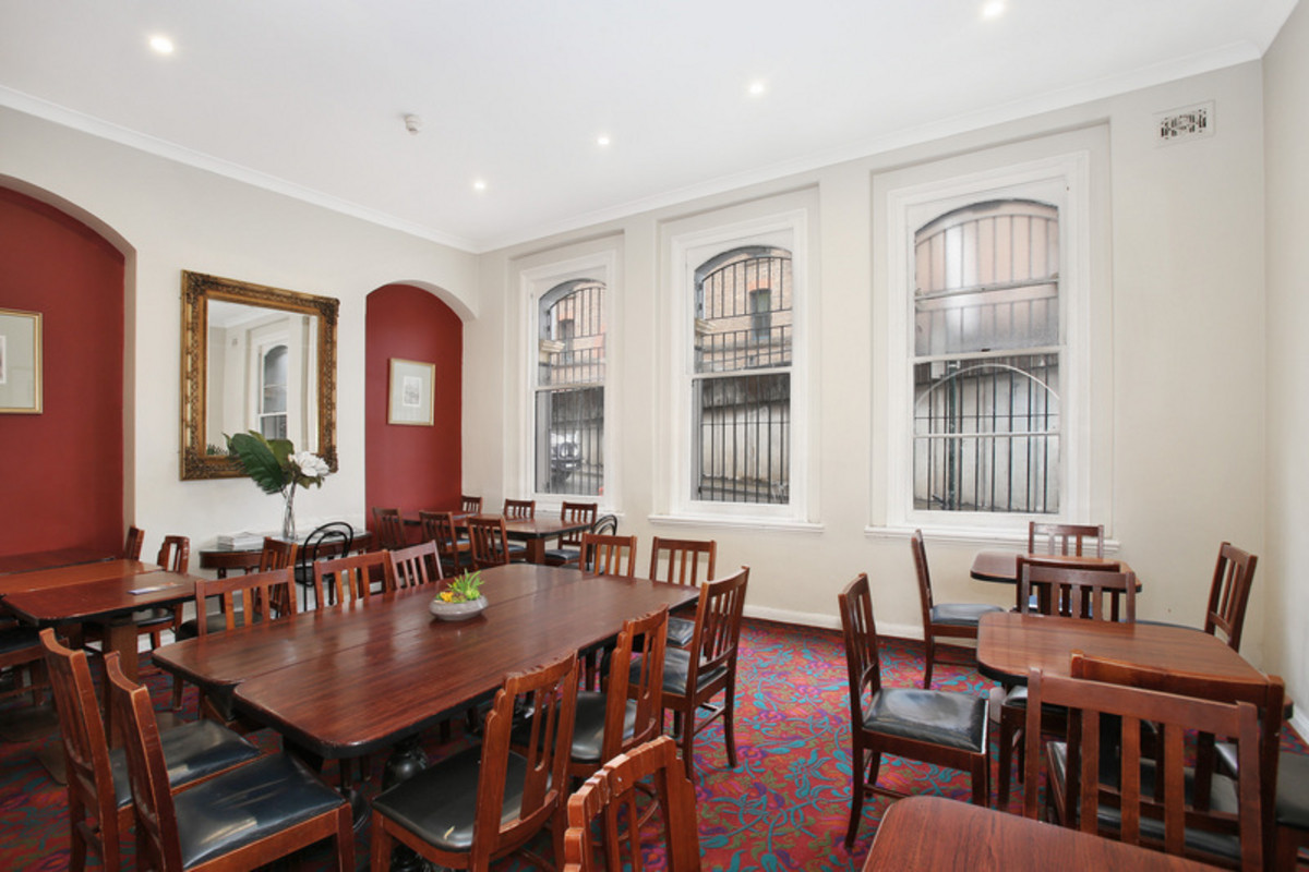 Woolbrokers Arms Hotel - 9