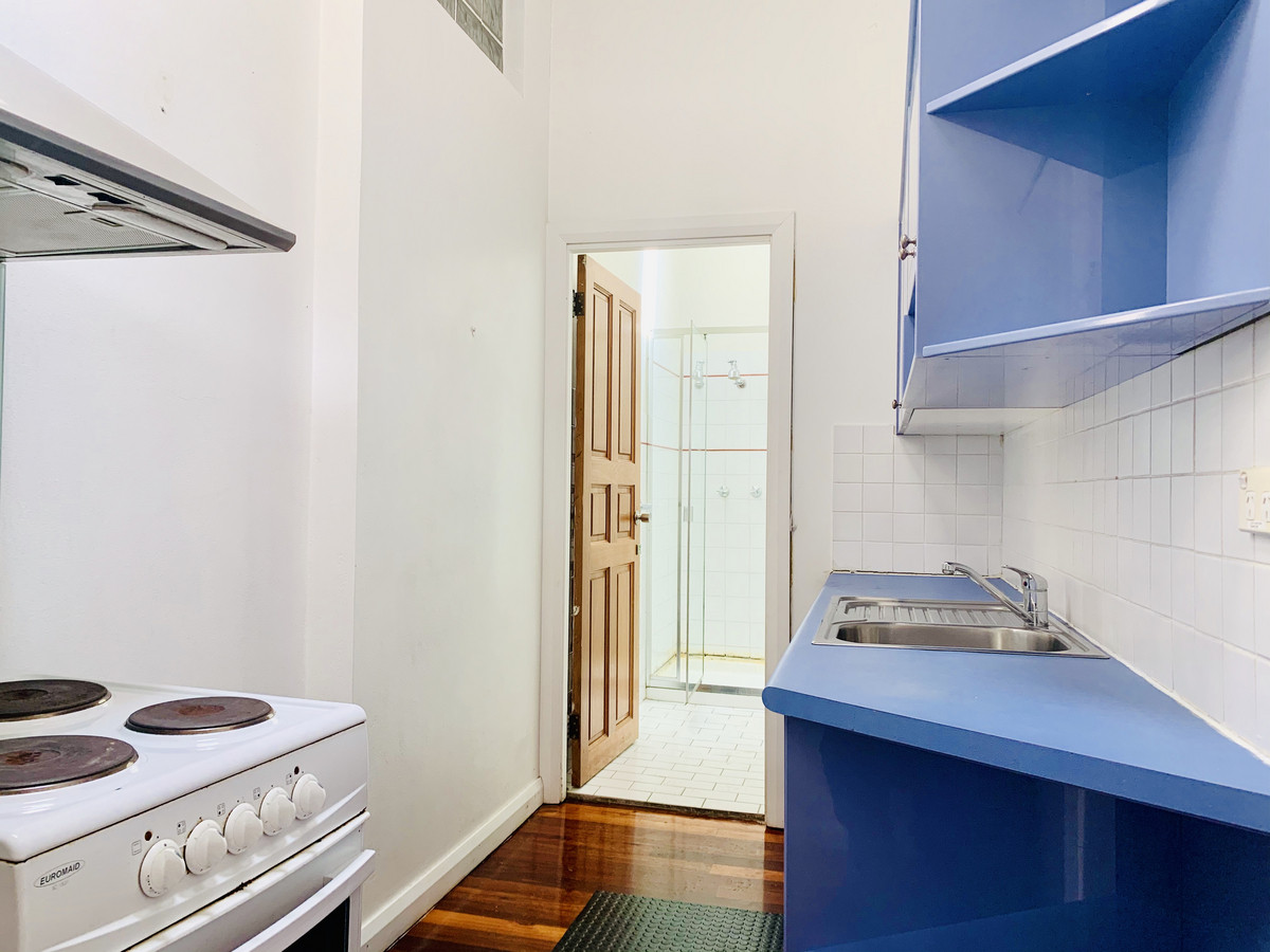 Sunny Creative Office / Residence - 3
