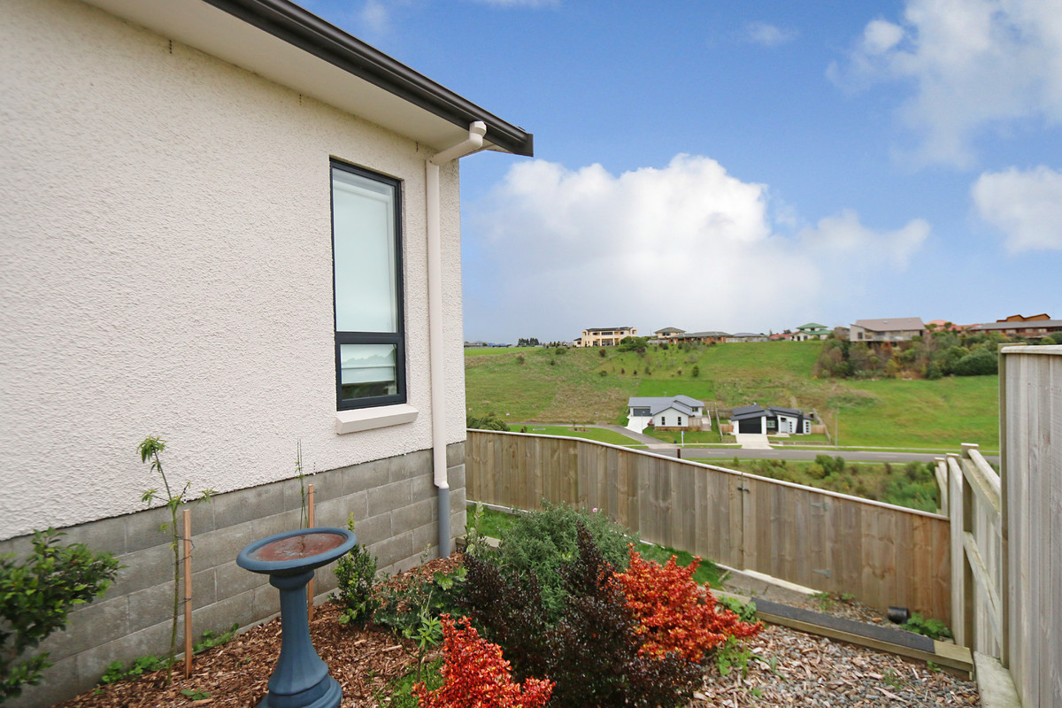 7 vaucluse heights palmerston north