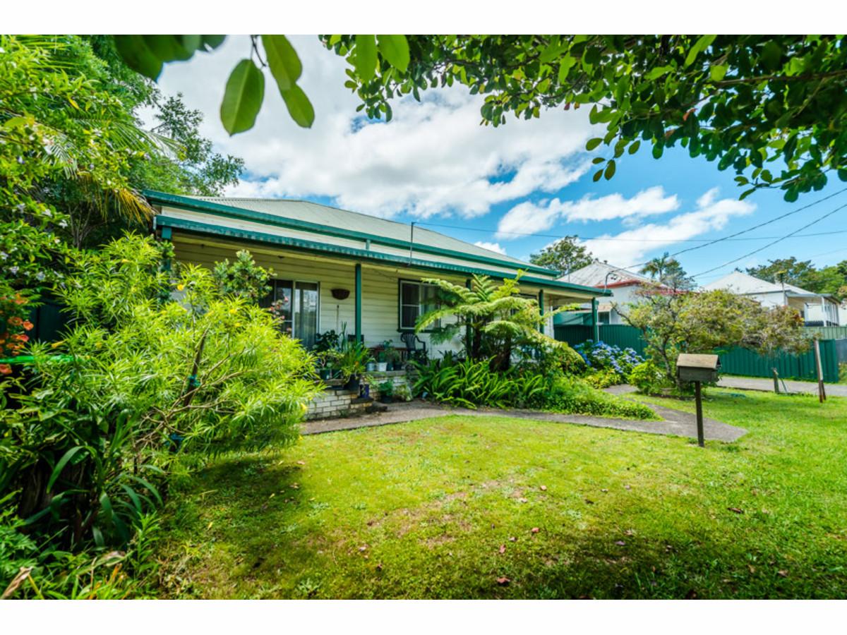 Acreage Home Designs Queensland Rare House Designerraleigh kitchen cabinets