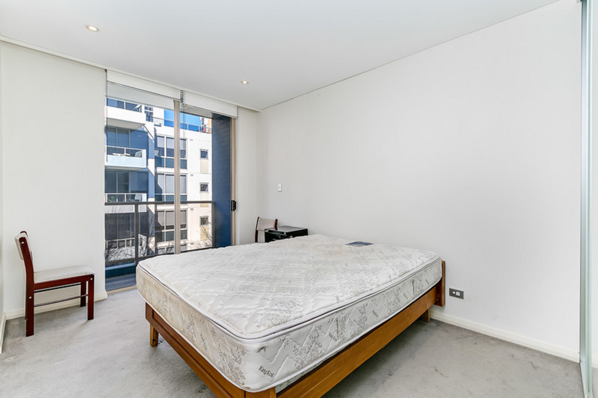 Furnished one bedroom apartment in Waterloo!