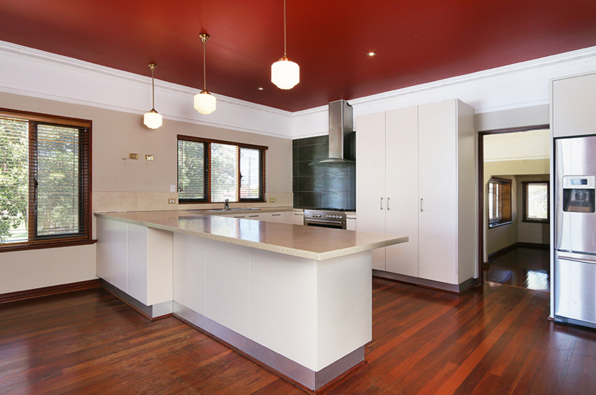 Renovators Delight! - Bedford