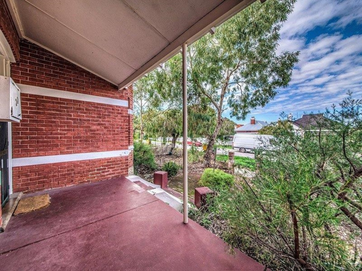 Sale Fallen Over - Second Chance For A Lucky Buyer!! - Mount Lawley