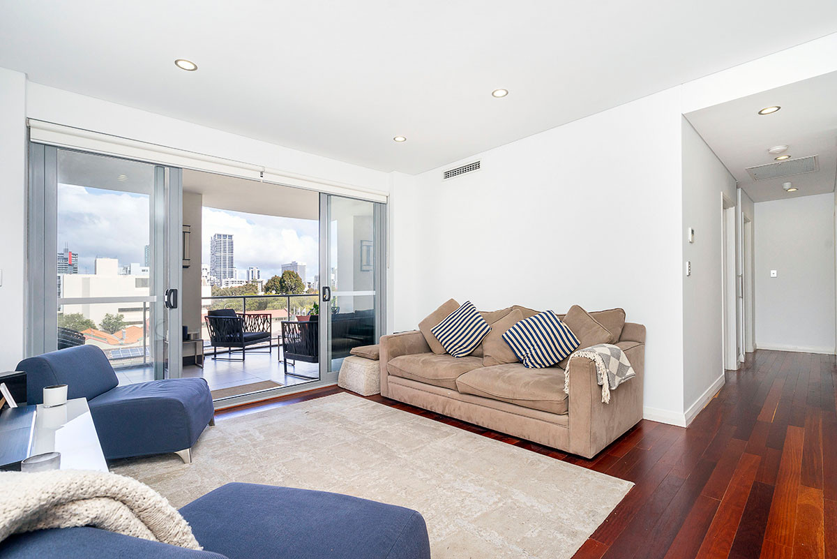 MOTIVATED SELLERS, MAKE AN OFFER! - East Perth