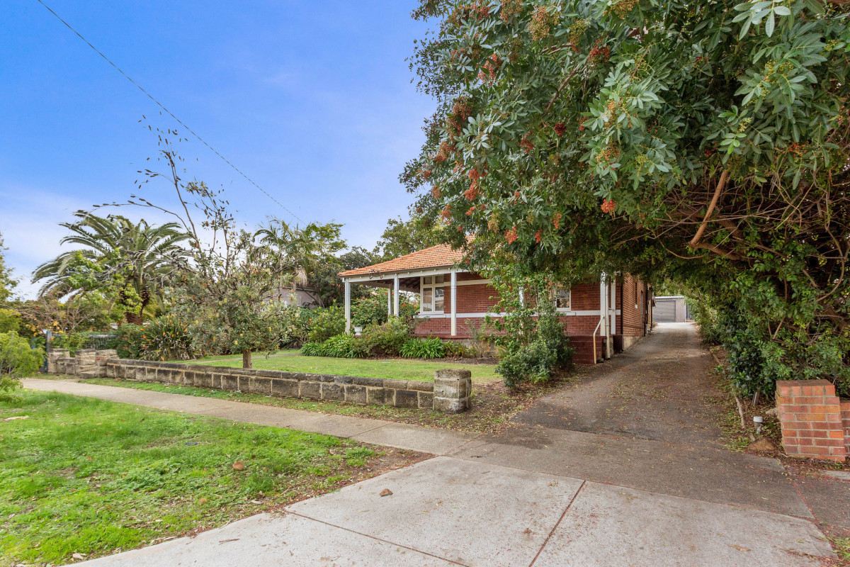 Character Restoration or Development Potential! - Mount Lawley