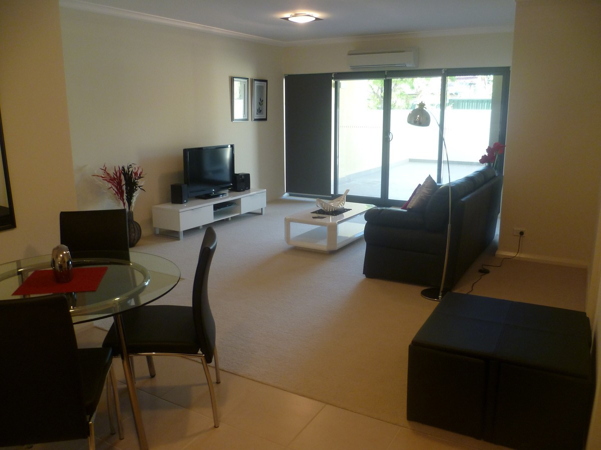 MODERN APARTMENT!!! - EAST PERTH