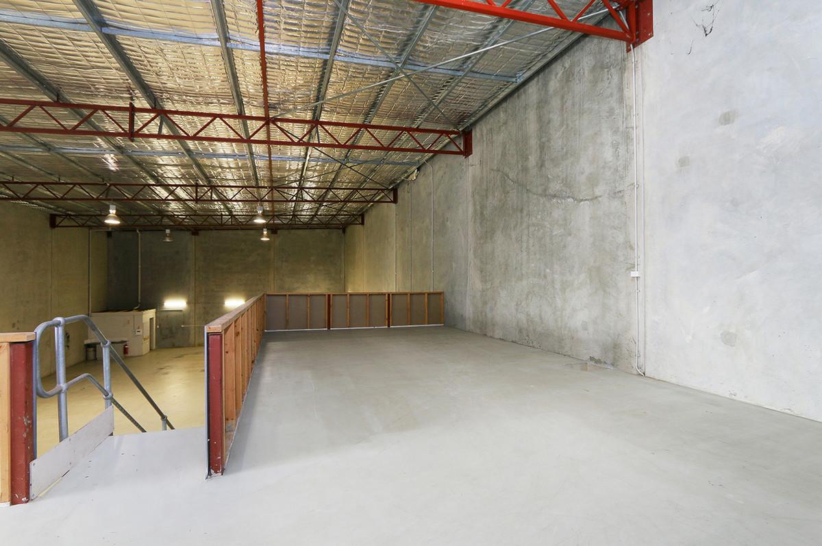 WAREHOUSE/OFFICE - FOR SALE OR FOR LEASE - Jandakot