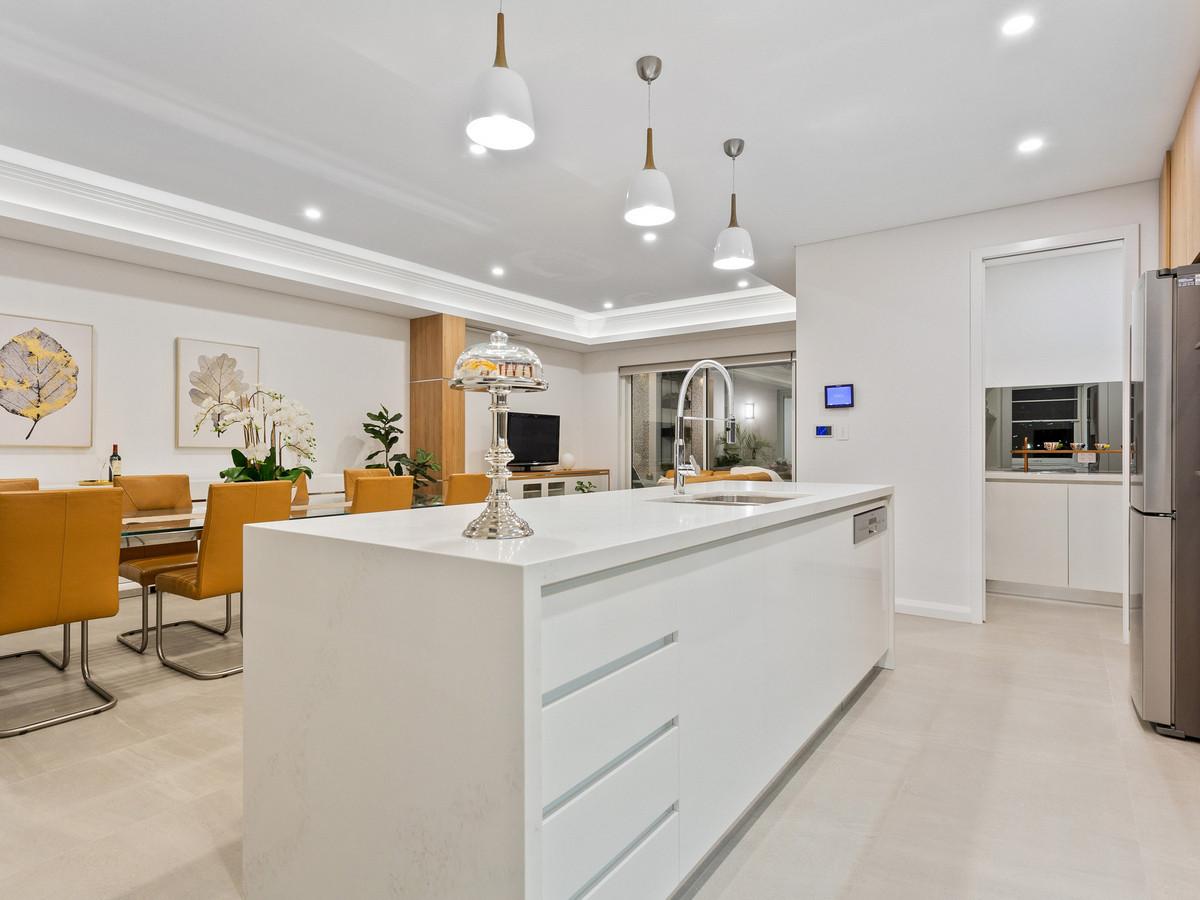 Brand New Luxury Green Title Home - Burswood