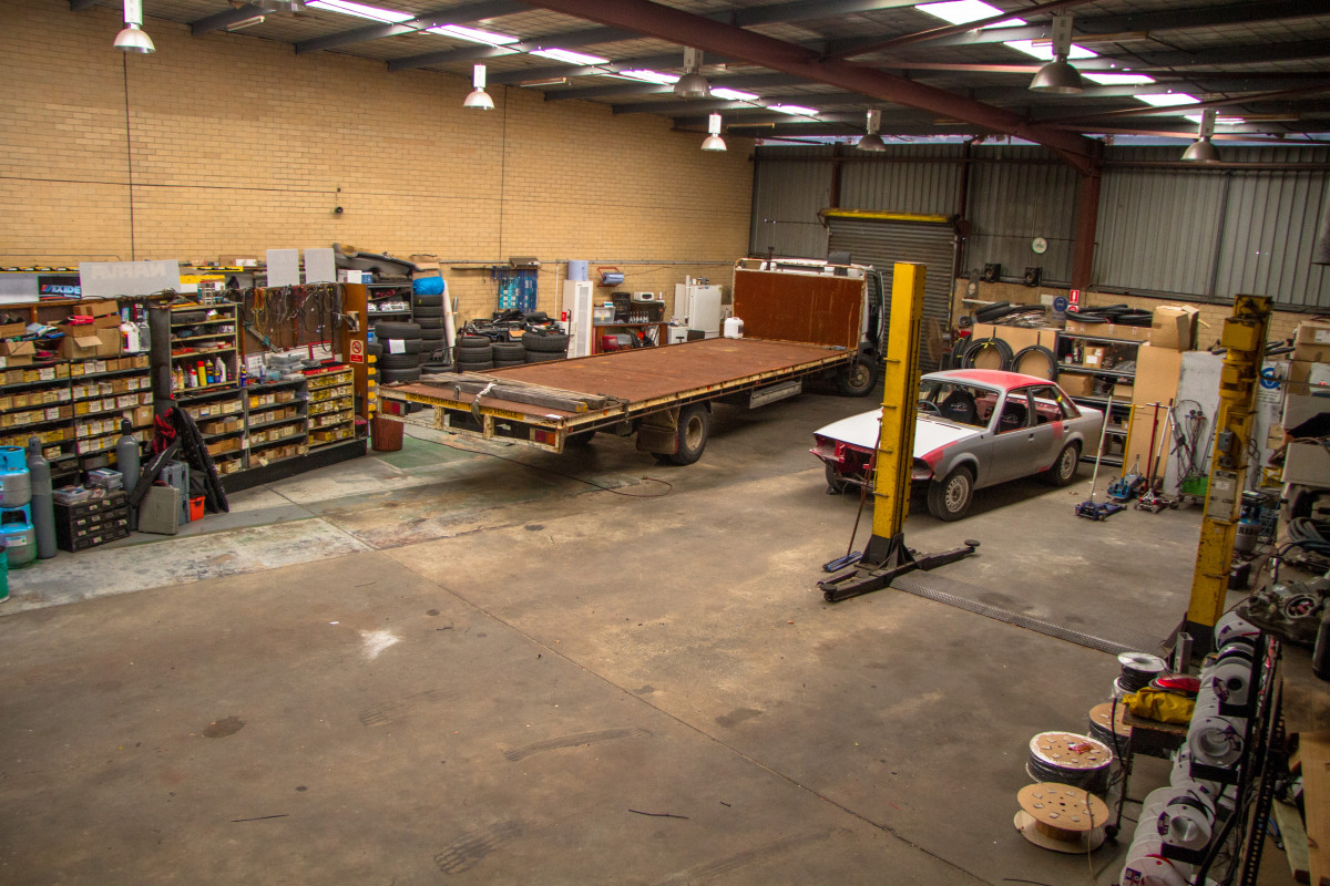 TAKE YOUR PICK - 290m2 to 1675m2 warehouses available - Balcatta