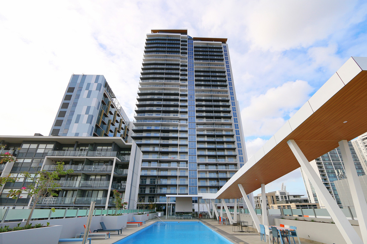 BRAND NEW LUXURIOUS APARTMENT - East Perth