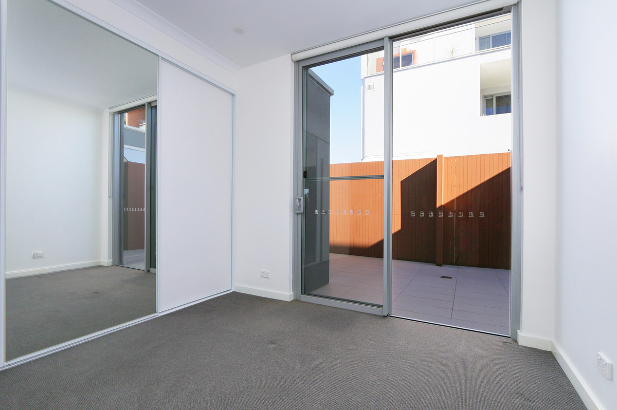UNIQUE MODERN APARTMENT WITH FRIDGE INCLUDED - Fremantle