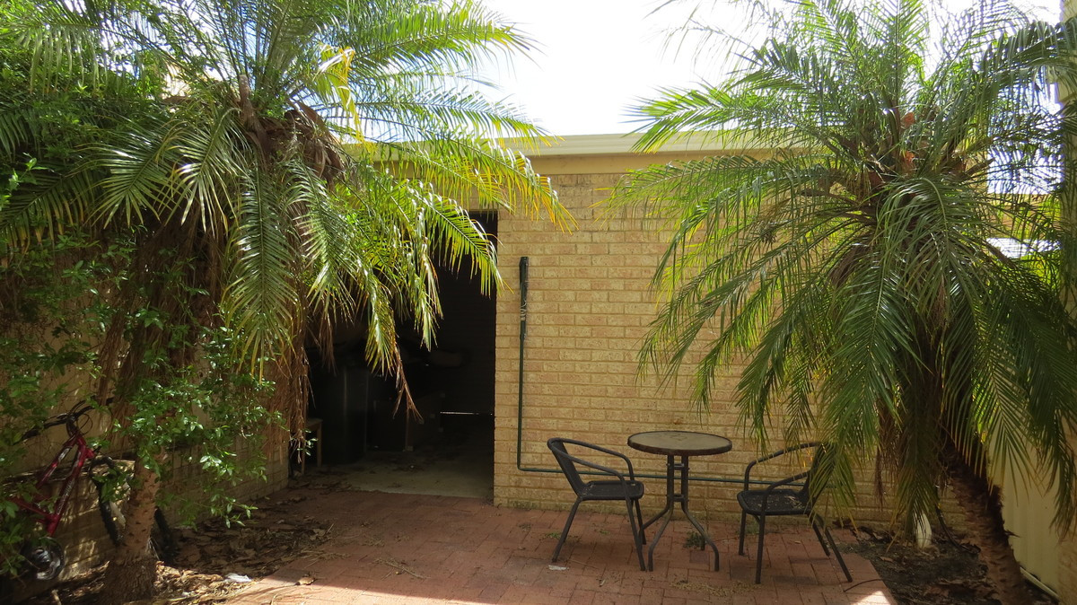 Neat as a Pin in Sort after Location!! - JOONDALUP