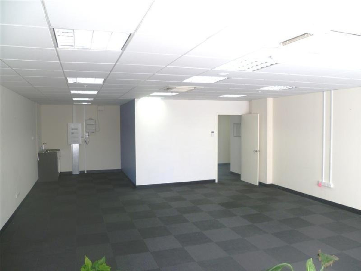 Modern Office $139/sqm + $100/month car parking - Super Value - PERTH