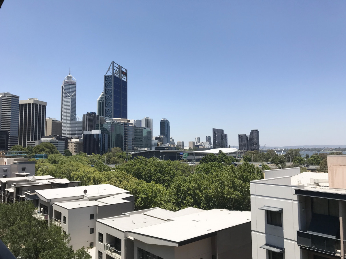 Views, Location&Size! - PERTH