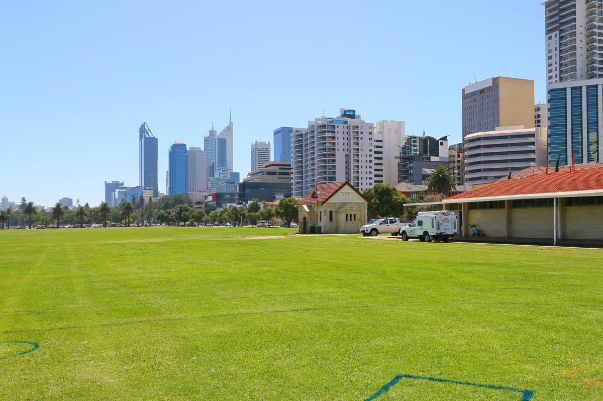 Affordable City Studio Apartment - PERTH