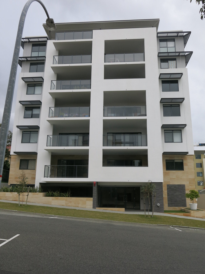 Beautiful two bedroom apartment, This won't last!! - East Perth